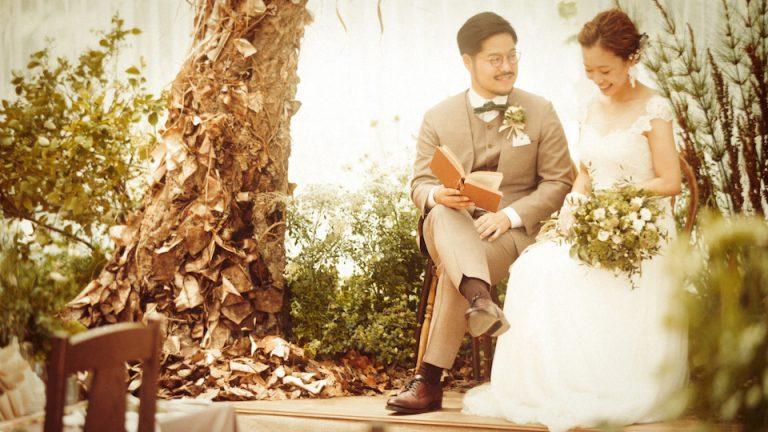 マコスガーデン 結婚式のウェディングスーツ